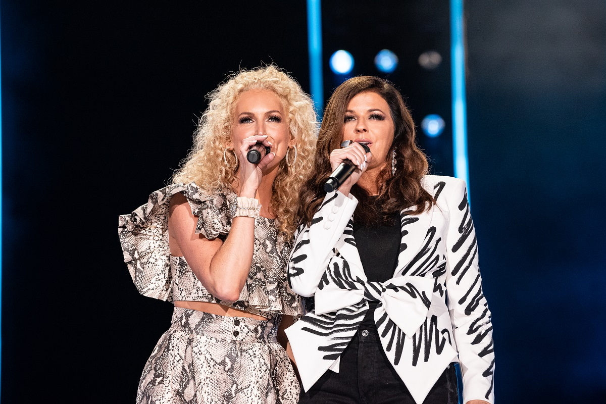 Little Big Town's Kimberly Schlapman and Karen Fairchild; Photo by Andrew Wendowski
