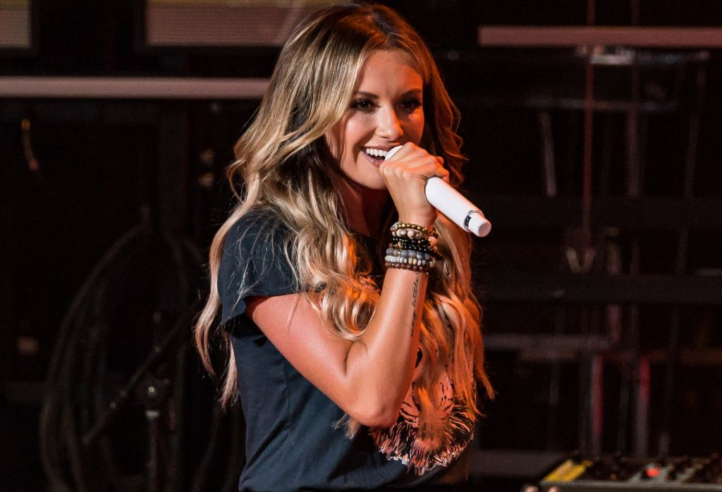 Carly Pearce; Photo by Andrew Wendowski