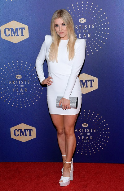 Lindsay Ell; Photo by Jason Kempin/Getty Images for CMT/Viacom
