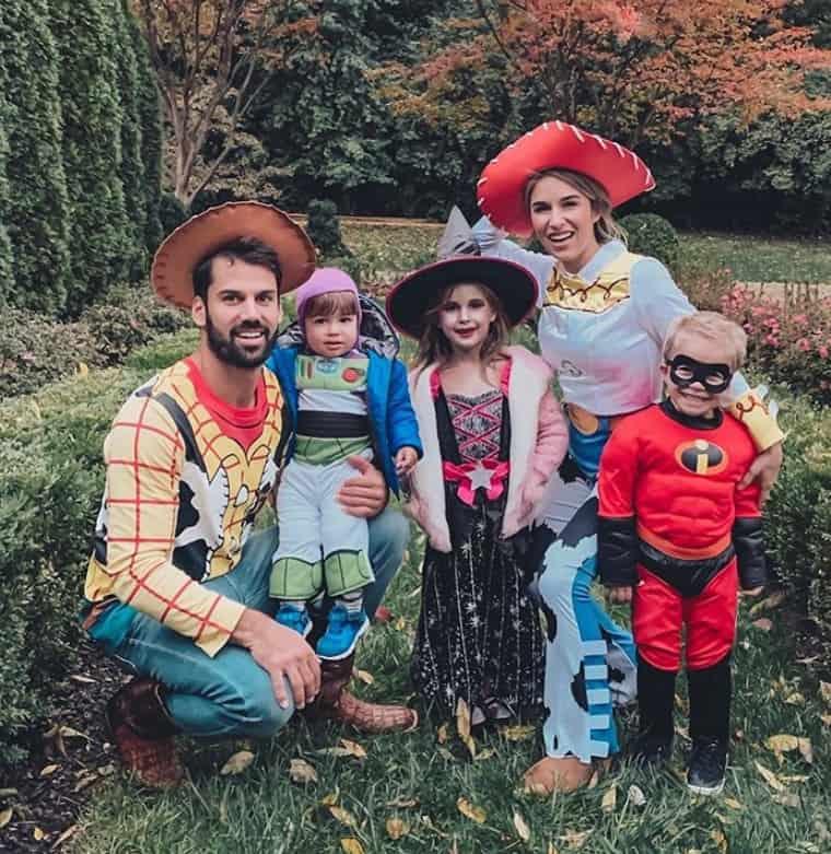Jessie James Decker and Family; Photo via Instagram