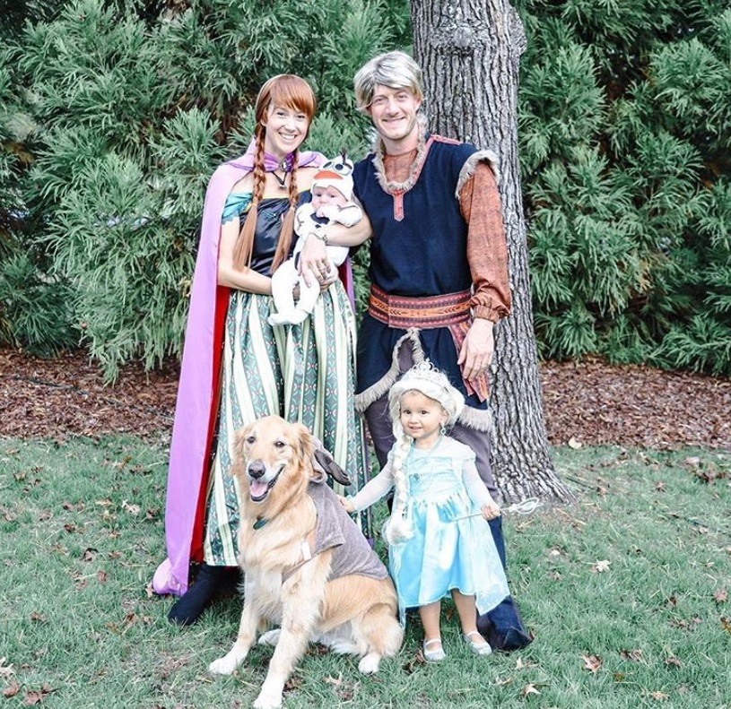 Tyler Hubbard and Family ; Photo via Instagram