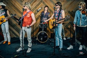 Hot Country Knights on The Bobby Bones Show