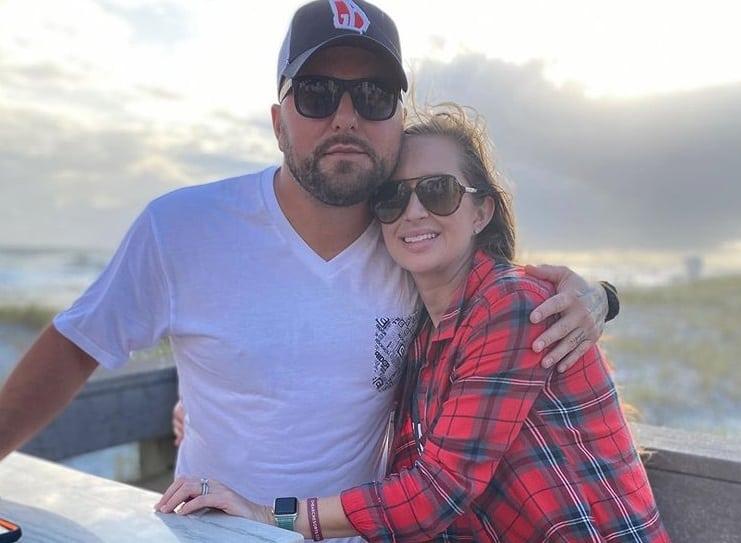 Tyler Farr and Wife, Hannah 1