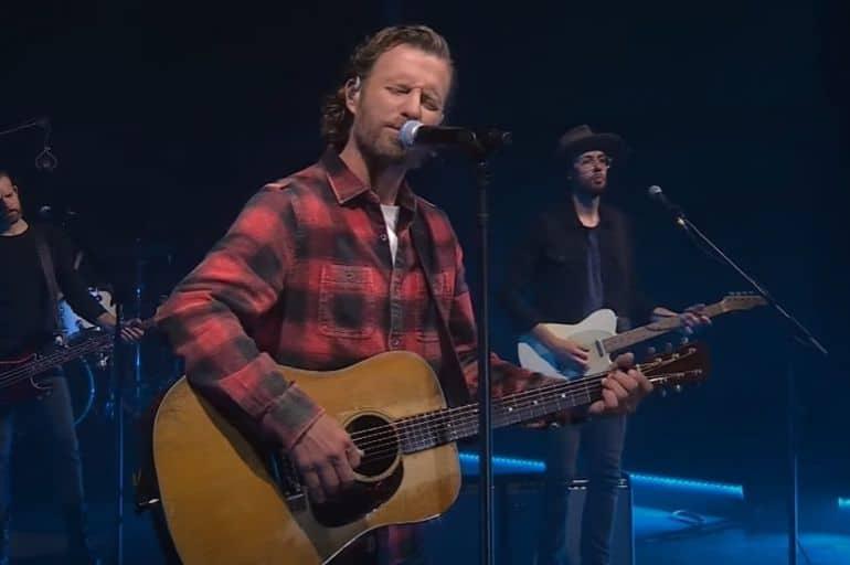 Dierks Bentley - The Tonight Show Starring Jimmy Fallon