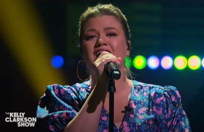 Kelly Clarkson; Photo via YouTube