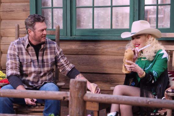 Blake Shelton and Gwen Stefani 1