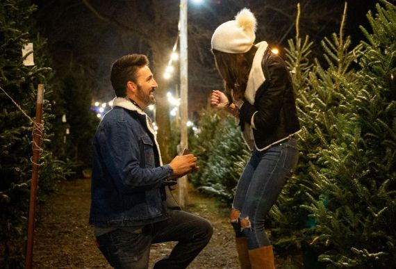Jake Owen and Erica Hartlein engaged
