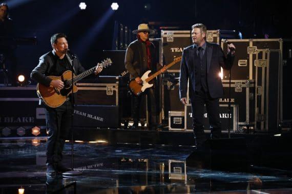 Ian Flanigan, Blake Shelton; Photo by: Trae Patton/NBC