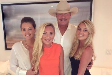 Alan Jackson and Daughters