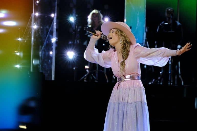 Rachel Mac - The Voice; Photo by Trae Patton, NBC