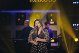 Kelly Clarkson; Photo by Weiss Eubanks, NBCUniversal