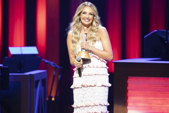Carly Pearce; Opry Induction; Photo by Chris Hollo, Grand Ole Opry