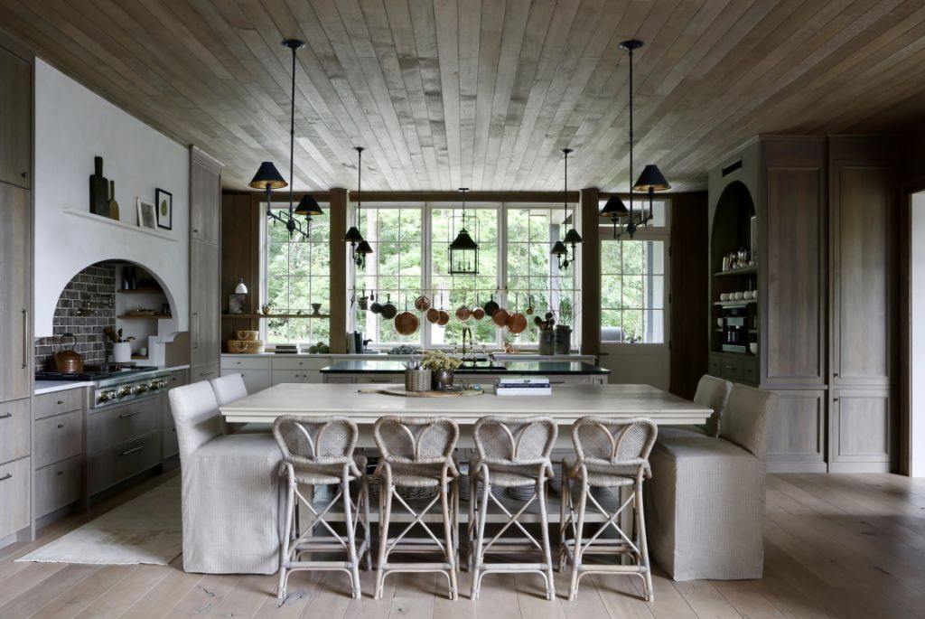 Thomas Rhett and Lauren Akins Nashville Home Deisgned by April Tomlin Interiors; Photo by Paige Rumore